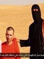 "جندى بريطانى يهدد ""داعش"" بذبحه"